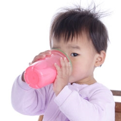 Sippy_cup_toddler-250